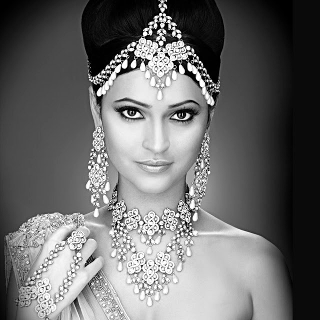 India is buying more silver jewelry.